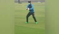 दिल्ली के 'दम घोटू' प्रदूषण में मास्क लगाकर अभ्यास कर रहे हैं बांग्लादेशी खिलाड़ी