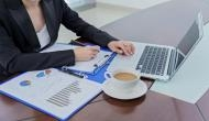 Vastu Tips For Office: ऑफिस में अपनाएं ये वास्तु टिप्स, खुल जाएंगे तरक्की की रास्ते