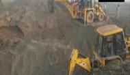 हरियाणा: 50 फीट गहरे बोरवेल में गिरी पांच साल की बच्ची, बचाव कार्य जारी