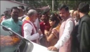Health Minister Ashwini Choubey loses cool, shouts at protesters in Bihar's Buxar