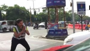 MBA student turns traffic police, spreads awareness in unique style; video goes viral