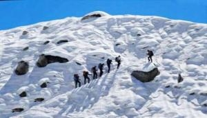 At least 4 army jawans, 2 civilians killed in avalanche at Siachen Glacier