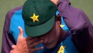 Watch: Pakistan pacer Naseem Shah breaks into tears after receiving Test cap