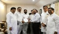 Congress-NCP-Shiv Sena submit letter at Raj Bhavan, claims present govt doesn't have numbers