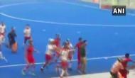 Video: नेहरु कप फाइनल में आपस में भिड़े खिलाड़ी, जमकर चली हॉकी स्टिक