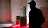 बुलेटप्रूफ ग्लास से बनी है 'पैसों की कुर्सी', 7 करोड़ से अधिक कैश है इसके अंदर