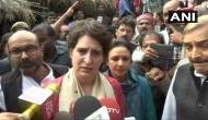 उन्नाव गैंगरेप: पीड़िता के परिजनों से मिलने पहुंचीं प्रियंका गांधी, दोषियों का बताया BJP कनेक्शन