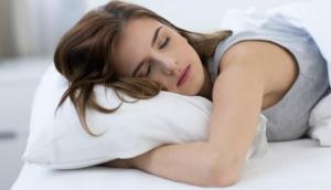 अगर आप भी नहीं लेते भरपूर नींद तो इन बीमारियों का हो सकते हैं शिकार