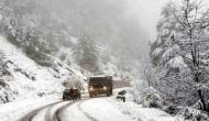 Jammu-Srinagar highway closed due to heavy snowfall in Kashmir