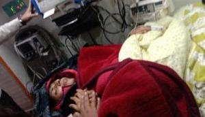 अनशन पर बैठीं स्वाति मालीवाल की अचानक बिगड़ी तबियत, ले जाया गया अस्पताल