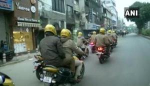 CAA प्रोटेस्ट: दिल्ली के सीलमपुर में आगजनी, पथराव के बाद पुलिस करना पड़ा आंसू गैस का इस्तेमाल