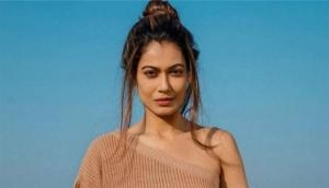 Once again Payal Rohatgi lands in legal trouble after her controversial tweet on Safoora Zargar