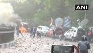 CAA प्रोटेस्ट: लखनऊ में जमकर हिंसा, प्रदर्शनकारियों ने चलाए पत्थर, फूंकी बसें