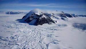 समुद्र तल से साढ़े तीन किलोमीटर नीचे मिली दुनिया की सबसे गहरी जमीन