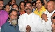 झारखंड: हेमंत सोरेन 27 दिसंबर को ले सकते हैं CM पद की शपथ, कांग्रेस को मिलेगा स्पीकर पद