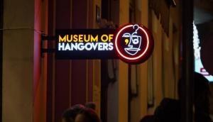 शराब की खुमारी में सामान गुमाने वालों के लिए खुला म्यूजियम ऑफ हैंगओवर्स !