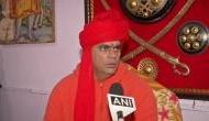सावरकर-गोडसे विवाद: स्वामी चक्रपाणि ने राहुल गांधी पर की विवादित टिप्पणी