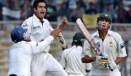 Video: पठान की लहराती गेंदों ने पाकिस्तानी दिग्गजों को कर दिया था सन्न, पहले ओवर में हैट्रिक ले रचा था इतिहास