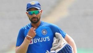 रोहित शर्मा ने खोला राज, आखिर मैच की पहली गेंद क्यों नहीं खेलते हैं शिखर धवन