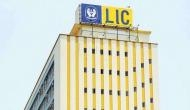 LIC की बहुत ही शानदार पॉलिसी, मात्र 1302 रुपए जमा कर पाएं एकमुश्त 63 लाख रुपये