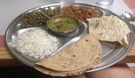 गणतंत्र दिवस पर उद्धव सरकार ने गरीबों को दिया तोहफा, अब 10 रुपये में मिलेगा खाना