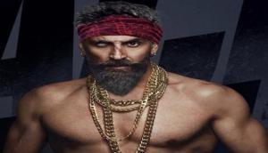 लंबी दाढ़ी-जबरदस्त बॉडी, देखें अक्षय की फिल्म बच्चन पांडे का खतरनाक लुक, इस दिन होगी रिलीज