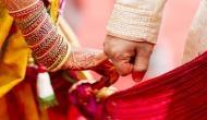 घर वाले जबरन करा रहे थे किसी और से शादी, पुलिस ने थाने में कराया प्रेमी युगल का शुभ-विवाह