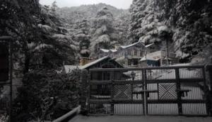 पहाड़ी इलाकों में फिर हुई जबरदस्त बर्फबारी, कई सड़कें बंद, मैदानी इलाकों में बढ़ सकती ठिठुरन