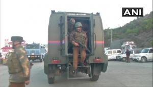 जम्मू-कश्मीर से आई दु:खद खबर, आतंकियों के साथ मुठभेड़ में सेना के एक अधिकारी और 4 जवान शहीद
