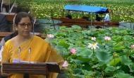 Budget 2020: जब वित्त मंत्री ने कहा- कश्मीर के डल झील में खिलता है कमल, बजने लगी तालियां