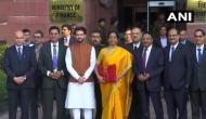 Budget 2020: इंदिरा गांधी के बाद निर्मला सीतारमण के नाम दर्ज हुई ये उपलब्धि, 11 बजे पेश करेंगी बजट
