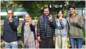Delhi Elections 2020: CM Arvind Kejriwal casts vote in Civil Lines