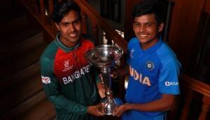 India U19 vs Bangladesh U19: धीमी शुरुआत के बाद यशस्वी जायसवाल ने संभाली पारी, ठोका चौथा अर्धशतक