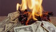बीबी के चक्कर में करोड़पति शख्स ने लगाए दिए 5.3 करोड़ रुपए में आग