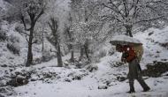 फिर बदला मौसम का मिजाज, जम्मू-कश्मीर में फिर बर्फबारी, इन इलाकों में हो सकती है बारिश