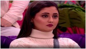 रश्मि देसाई का सोशल मीडिया पर वीडियो हुआ वायरल, बोली- Go कोरोना Go...