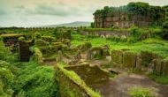 350 साल से रहस्य बना हुआ है इस रहस्यमयी किले की झील का पानी
