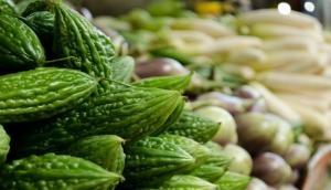 करेला है डायबिटीज रोगियों के लिए बेहद फायदेमंद, ये हरी सब्जियां भी करती हैं फायदा