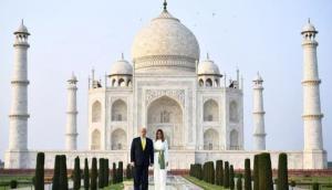 ताजमहल की खूबसूरती के कायल हुए ट्रंप, विजिटर बुक में जो लिखा पढ़कर आप भी कहेंगे 'वाह ताज'