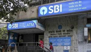 SBI ने फिर दिया अपने ग्राहकों झटका, FD पर मिलने वाली ब्याज दरों में की कटौती
