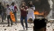 दिल्ली हिंसा: पुलिसकर्मी पर बंदूक तानने वाला शाहरुख भी हुआ गायब, ताहिर हुसैन को ढूंढ रही है पुलिस