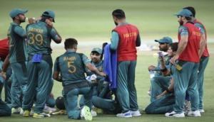 कोरोना वायरस के खिलाफ जंग में पाकिस्तानी टीम दान करेगी 50 लाख रूपये