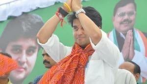 MP Political Crisis: ज्योतिरादित्य सिंधिया ने कांग्रेस पार्टी से दिया इस्तीफा, कांग्रेस ने बताया गद्दार
