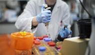बिना किसी संक्रमित व्यक्ति के संपर्क में आए भी फैल सकता है कोरोना वायरस, वैज्ञानिकों ने किया दावा