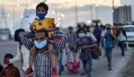 lockdown: पैदल घर लौट रहे प्रवासियों को लाने के लिए केंद्र से मिल सकती है परिवहन की अनुमति