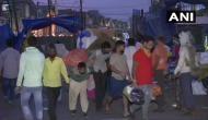 Delhi: People panic-buy vegetables, breaking social distancing norms in Okhla Mandi