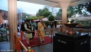 PM Modi pays tribute to martyrs of Jallianwala Bagh massacre