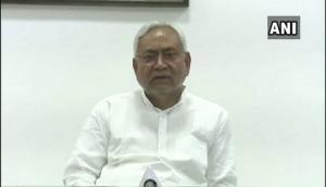 बिहार: CM के जनता दरबार में पहुंची महिला का बड़ा आरोप- JDU विधायक ने करवाई उनके पति की हत्या