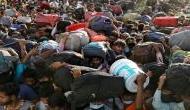 कर्नाटक में फंसे 10,000 प्रवासी मजदूरों को बड़ा झटका, येदियुरप्पा सरकार ने रद्द की ट्रेनें