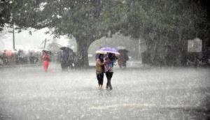 उत्तर प्रदेश में बारिश-ओलावृष्टि और तेजी आंधी के आसार, अगले 48 घंटों फिर बिगड़े का मौसम